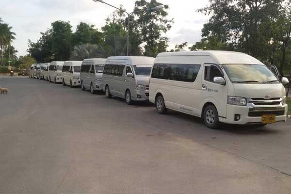 昌平未来科技城小巴车租赁 滴滴和快的的竞争