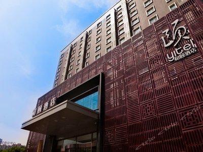 北京越来越多的酒店开始选择包车服务