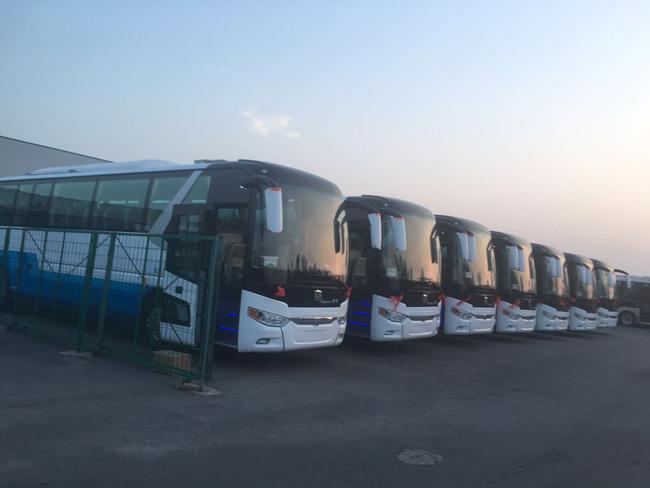 北京企业广告包车 单位垂直包车服务