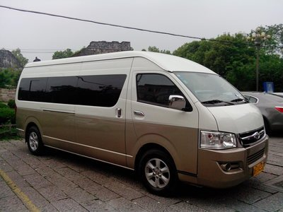 北京包车价格-丰田海狮商务车(15-17座)